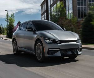 Kia launches 1st all-electric EV sedan, starts from $40K - Hindi News