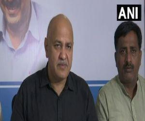 AAP ने यूपी में किया 300 यूनिट फ्री बिजली का वादा, उपमुख्यमंत्री मनीष सिसोदिया ने की घोषणा