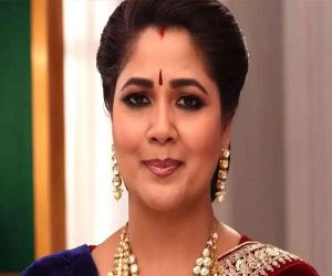 Narayani Shastri: Would choose TV over movies, ads - Hindi News
