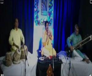 Kajri took a jibe at the shehnai of Banaras amidst splashes on net-theatre - Hindi News