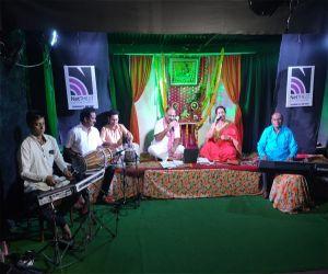 Kanha came home on net theat - Hindi News