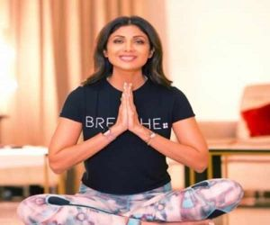 On Intl Yoga Day, Shilpa Shetty suggests asana for Covid recovery - Hindi News