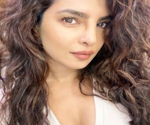 Priyanka Chopra wavy hair look gets rave reactions - Hindi News
