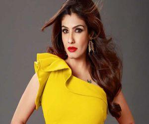 Raveena reveals why seeing Ajay Devgn, Suniel Shetty will make her laugh - Hindi News