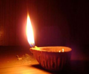 Know why lamps are lit in auspicious work - Hindi News