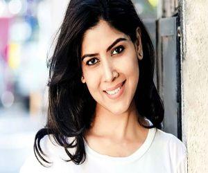 Sakshi Tanwar says Dial 100 takes her back to her college days - Hindi News