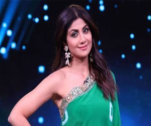 Shilpa Shetty family tests positive for covid, actress tests negative - Hindi News
