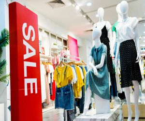 You can save money and time while shopping with these tips - Hindi News