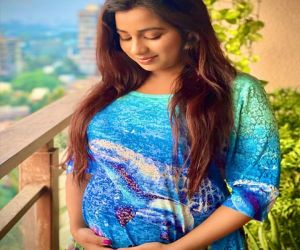 Shreya Ghoshal announces pregnancy - Hindi News