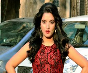 Sonalika will be seen in bold style in web series Love Guru - Hindi News