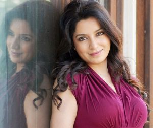 Tisca Chopra works for transgenders, widows during Covid crisis - Hindi News
